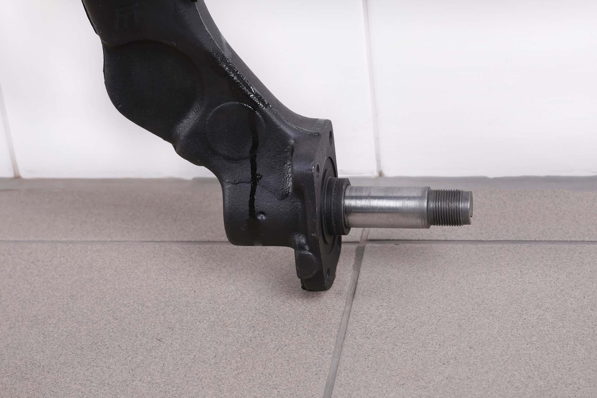 Axe de roues 306